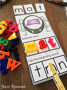 Beginning Sounds spider clippers activity & a freebie. Sea of Knowledge.