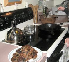 Chemistry of Cast Iron Seasoning: A Science-Based How-To (Be sure to read the comments)