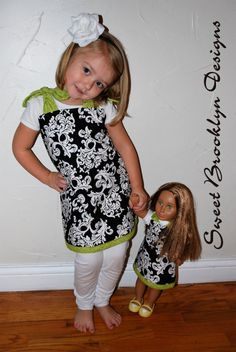 Super cute girls reversible dress with matching American girl doll dress. Doll Outfits, Kids Outfits, Clothes Crafts, Doll Clothes, Clothing Patterns, Kids Clothing, Christmas Aprons, Pillowcase Dresses, Reversible Dress
