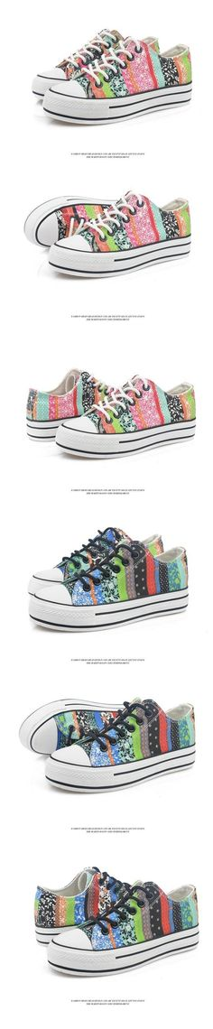 Contrast Lace-Up Sneakers - Yoflap