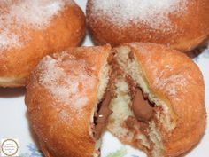 Gogosi umplute cu ciocolata Hamburger, Bread, Desserts, Food, Essen, Tailgate Desserts, Deserts, Brot, Postres