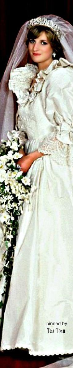 ❈Téa Tosh❈Princess Diana on her wedding day - July 29, 1981