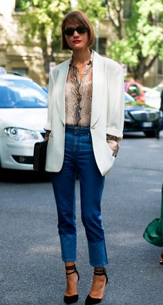 LE FASHION BLOG MENS INSPIRED PARISIAN CHIC LOOK WHITE BLAZER NEUTRAL PYTHON PRINT BLOUSE BUTTON UP RED LIPS HIGH WAIST DENIM STRAPPY BLACK HEEL LEATHER CLUTCH STREET STYLE SS 2013 FASHION WEEK VIA VOGUE UK