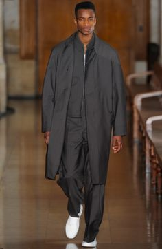 Runway Review: Lemaire Fall 2016
