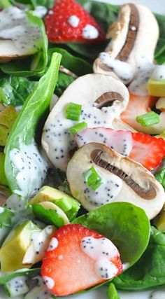 Spinach Salad with Poppyseed Dressing