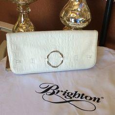 Brighton off white clutch Never used Brighton clutch Brighton Bags Clutches & Wristlets