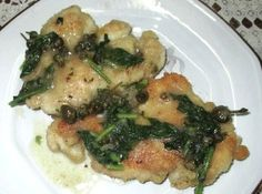 Chicken Piccata (gluten free) from Penniless Parenting.I plan to try almond flour for the dredging to make it low carb. Chick Fil A Sauce, Chicken Piccata, Dairy Free Options, Lemon Chicken, Low Carb Recipes, Food To Make, Main Dishes, Chicken Recipes, Healthy Eating