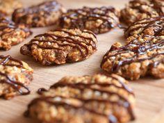 Ovesné sušenky s chia semínky - Avec Plaisir Healthy Cookies, Healthy Snacks, Low Carb Recipes, Healthy Recipes, Czech Recipes, Christmas Sweets, Muesli, Sweet Desserts, Bon Appetit