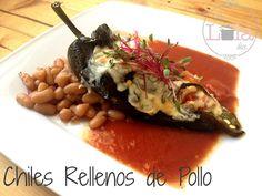 La Lola Dice: Chiles Rellenos de Pollo