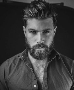 If you think your beard is part of your personality, then you must try this best Men Short Beard and Mustache style model from the gallery picture that we already collect from internet Great Beards, Awesome Beards, Bart Styles, Mustache Styles, Short Beard, Beard Love, Hommes Sexy, Beard Tattoo, Beard No Mustache