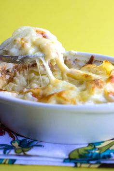 Cheesy Scalloped Potatoes http://livedan330.com/2015/12/15/cheesy-scalloped-potatoes-2/