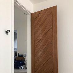 Oak doors finished with @osmo_uk door oil & applied with @twofussyblokes @festool_uk ETS EC 150 & RTSC 400 making job dust free & great finish