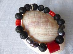 Koralle - Lava mit Koralle Armband UNIKATSCHMUCK - ein Designerstück von SchmuckeFarbenKunst bei DaWanda