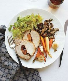A make-ahead Christmas dinner menu for 8—including wine pairings and dessert.
