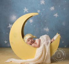 -Newborn Photography Prop Moon