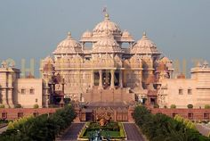 My upcoming trip to india: Then onto a Hindu temple called the Akshardham Temple