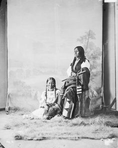 SINTE GLESKA aka SPOTTED TAIL and his wife YELLOW HORSE , 1872