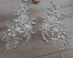 Ivory Bridal beaded Lace Applique Pair Vintage Style by Retrolace