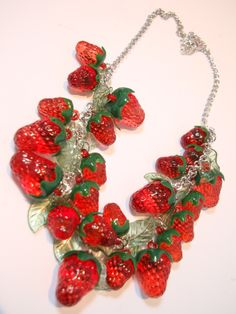 glass strawberries bead necklace