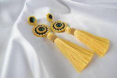 Moniz / Šité náušnice so strapcami a Swarovski / žlto-zelené