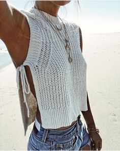 Knits don't only have to be for big, chunky sweaters! Try a knit tank as a cover up for the beach or use it to layer for a day outfit. Let DailyDressMe help you find the perfect outfit for whatever th (Top Tejidos A Crochet) 2017 Summer women Crop Tops ca Crochet Clothes, Diy Clothes, Crochet Top Outfit, Cheap Boho Clothes, Crochet Outfits, Crochet Fashion, Cheap Summer Outfits, Summer Clothes, Outfit Des Tages