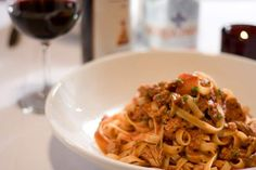 From red-sauce places to cross-cultural cooking, these are some of the best Italian restaurants in Pittsburgh. Pittsburgh Food, Pittsburgh Restaurants, Visit Pittsburgh, Dutch Recipes, Italian Recipes, Italian Restaurants Nyc, Great Buildings And Structures, Modern Buildings, Red Sauce