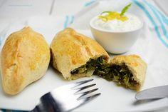 Pieczone pierogi ze szpinakiem, fetą i boczniakami Pierogi, Spanakopita, Feta, Cooking, Ethnic Recipes, Kitchen, Brewing, Cuisine, Cook