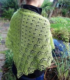 Ravelry: Bloomen Shawl pattern by Heike Campbell