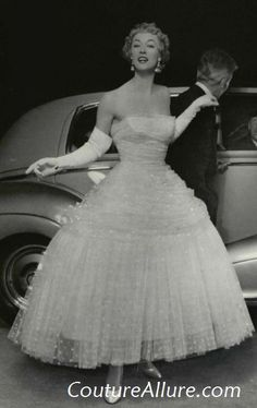 Couture Allure Vintage Fashion: Vintage Evening Gowns - 1955; Balenciaga