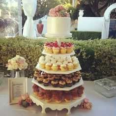Wedding cupcake tower @Lagunagloria #cupcakes #polkadotscupcakefactory #wedding