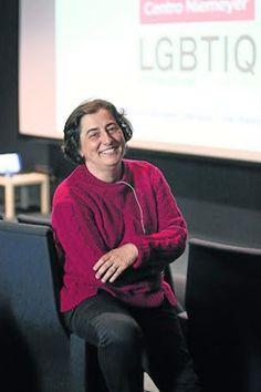 Marián Moreno · Experta en coeducación: «Muchos jóvenes asimilan la homofobia sin ninguna reflexión».La docente destaca en su intervención en el Festival de Cine LGBTIQ la necesidad de un profesorado formado en diversidad sexual.B. Menéndez   La Voz de Avilés, 2017-05-04 http://www.elcomercio.es/aviles/201705/04/muchos-jovenes-asimilan-homofobia-20170504000752-v.html