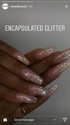 Gold glitter eyeshadow · dope nails, nails on fleek, get nails, how to do nails, hair Dope Nails, Nails On Fleek, Fun Nails, Prom Nails, Wedding Nails, Gorgeous Nails, Pretty Nails, Acrylic Nails Natural, Glitter Nails
