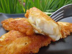 Kto nie zna smaku ryb z nadmorskich smażalni powinien ten przepis wypróbować, naprawdę warto. Pollock w cieście piwnym. Fish Dishes, Seafood Dishes, Fish And Seafood, Fish Recipes, Seafood Recipes, Cooking Recipes, Healthy Recipes, Vegan Junk Food, Vegan Smoothies