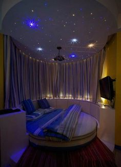 Creative Ways Dream Rooms for Teens Bedrooms Small Spaces - Bedroom Decoration - lmolnar - Best Design and Decoration You Need Awesome Bedrooms, Cool Rooms, Small Rooms, Small Spaces, Coolest Bedrooms, Dream Rooms, Dream Bedroom, Night Bedroom, Star Bedroom