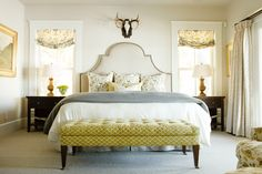Country Chic Cottage Design - Home Bunch Interior Design Ideas Bedroom Green, Home Bedroom, Bedroom Decor, Bedroom Ideas, Master Bedrooms, Design Bedroom, Master Bathroom, Pretty Bedroom, Peaceful Bedroom