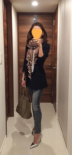 Black jacket: SISLEY, Grey skinnies: Mother, Scarf: Citrus, Beige bag: Celine, Silver heels: Jimmy Choo