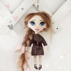 Кукла-брелок) Рост 16см. Волосики натуральные (козочка). Одежда не снимается.  Цена 1800+почта.  #брелок #интерьернаякукла #куклатекстильная #куклаизткани #куклабрелок #ручнаяработа #handmade