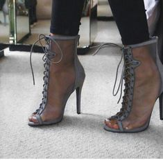 Sassy shoes for the not so basic. We offer the latest in women's shoes, boots and footwear with FREE UK returns and worldwide shipping. Heeled Boots, Bootie Boots, Shoe Boots, Zapatos Shoes, Shoes Sandals, Stiletto Heels, High Heels, Cute Heels, Me Too Shoes