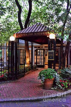Central Park Boathouse - The Loeb Boathouse - Go here! Make reservations... New York, NY