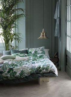 Green bedroom walls, tropical bedroom decor, tropical bedrooms, bedroom c. Green Bedroom Design, Bedroom Green, Green Rooms, Green Walls, Copper Bedroom, Bedroom Colours, Summer Bedroom, Bedroom Inspo, Home Bedroom