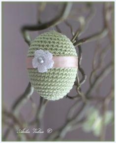 Mooi voor Pasen Crochet Food, Crochet Gifts, Diy Crochet, Vintage Crochet, Easter Crochet Patterns, Crochet Baby Boots, Knitting Accessories, Spring Crafts, Easter Crafts