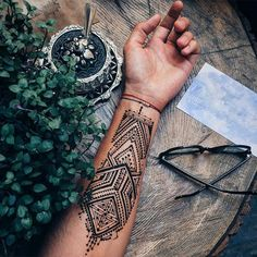 Menna Trend Sees Men Wearing Intricate Henna Tattoos Tattoo