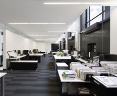 LEMAYMICHAUD | Québec | Design | Office | Corporate | Architecture | Workspace | Desks |