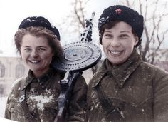 Female Soviet soldiers - ww2