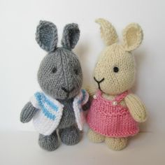 Harry and Hatty Hare. Pattern by Amanda Berry.