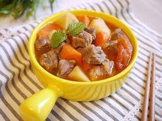 利用四種蔬菜小火燉煮出甜味,加上牛肉的香氣,是一道營養又下飯的料理,而且作法非常簡單!