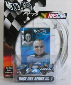 Hot Wheels #NASCAR Race Day Series Mark Martin 1:64 Die Cast