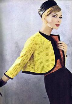 Vintage Vogue magazine, c. Vintage Vogue, Vintage Glamour, Moda Vintage, Mod Fashion, 1960s Fashion, Vintage Fashion, Vogue Fashion, Classic Fashion, Fashion Women