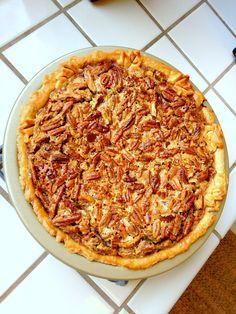 Chocolate Bourbon Pecan Pie - great make-ahead dessert for Thanksgiving