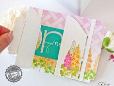 Gift-card-holder-inside